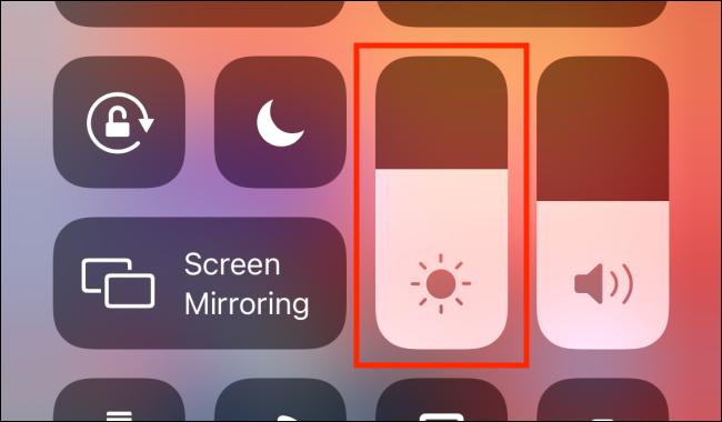 نحوه تنظیم و تغییر میزان روشنایی صفحه در آیفون و آیپد